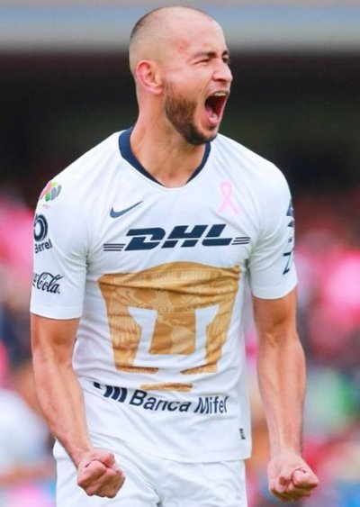 Carlos González, por su mejor marca en México