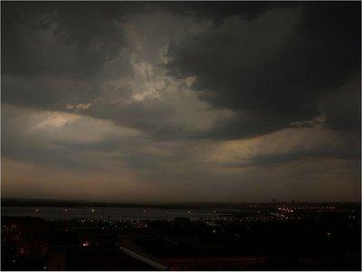 Sistema de tormentas afectaría a todo el país este martes