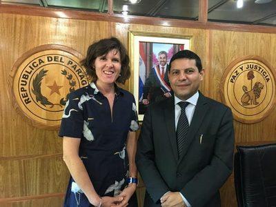Reino Unido ve a Paraguay como aliado
