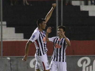 Óscar Cardozo anotó el mejor gol de la fecha