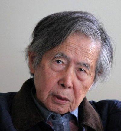 Expresidente Fujimori, denunciado por esterilizaciones forzadas