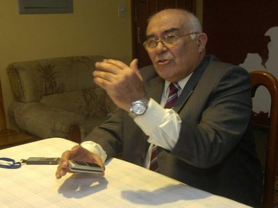 Senado destituye a ministro de la Corte Sindulfo Blanco
