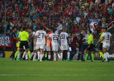 APF cobra a Olimpia por incidentes en el Clásico