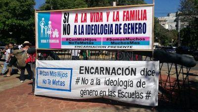 Organizaciones provida y profamilia exigen al MEC dejar de usar el término género