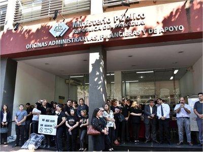Huelga general: Funcionarios fiscales en cuarto intermedio