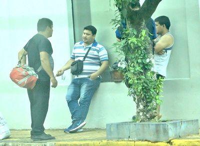 Policías planilleros y de alquiler en Guairá