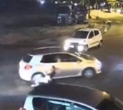 Joven atropellada recibe alta y reconoce a conductora prófuga