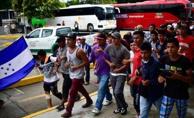 Crece tensión entre migrantes y los residentes de México