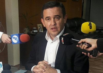Autoinvestigación de Petta: Se rechaza denuncia sobre cocinera