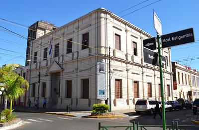 A través de los oficios muestran en Asunción historia no oficial de Paraguay