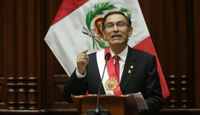 """Presidente de Perú descarta """"ir a una reelección"""" pese a subida en encuestas"""