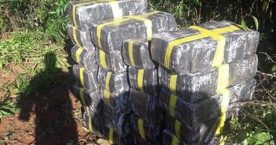 Encuentran gran cantidad de droga en Itaipyte norte