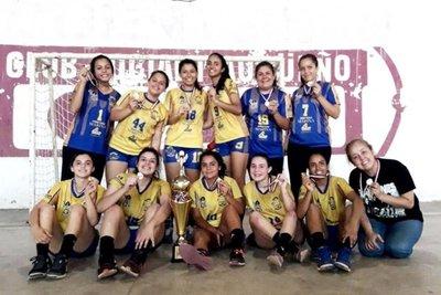 Capiateñas, campeonas en handball