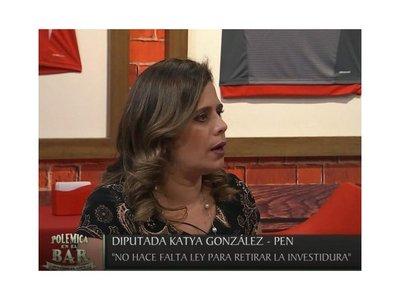 Kattya González quiere ser PRESIDENTA