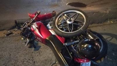 HOY / Choque de motos deja dos heridos en Itauguá