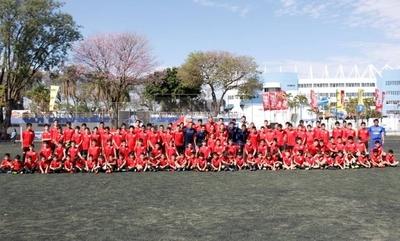 HOY / El Campus Atlético de Madrid llega nuevamente a Paraguay de la mano de Champions