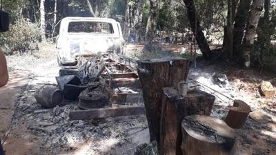 HOY / EPP ejecutó de 11 disparos a brasileño: estaba maniatado, cerca de un árbol