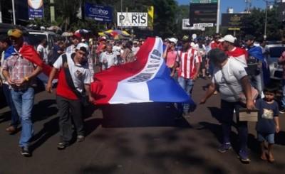 Marchan exigiendo la imputación de los ZI y juicio político a Quiñónez
