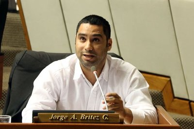 Aprueban pedido de desafuero del diputado Jorge Brítez