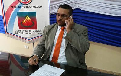 Defensor del Pueblo pide a Petropar bajar precios de combustibles