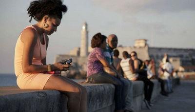Los cubanos ya pueden abrir cuentas de Twitter con su número telefónico local