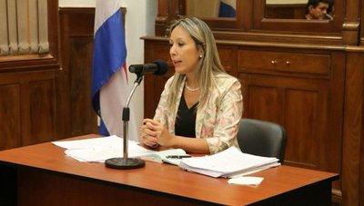 31M: Corte confirma a fiscala Raquel Fernández