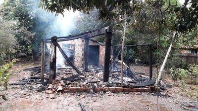 Concepción: incendiaron casa de líder de escraches