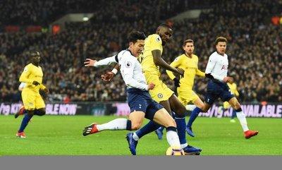 Tottenham baila al Chelsea al son de Son