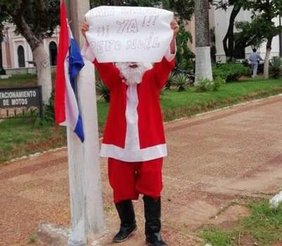 """""""Pepo Noel"""" pide renuncia de Tati Urbieta"""