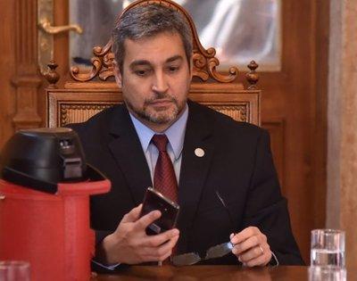 A Mario Abdo no le interesan las críticas de Cartes
