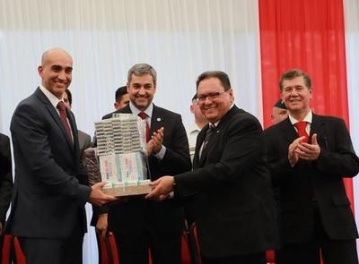 Entregan medicamentos por valor de USD 2 millones a San Pedro y Concepción