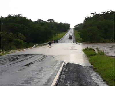 Intensas lluvias golpean con fuerza a pobladores de varios departamentos