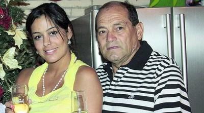 Que pelada! Papá de Larissa Riquelme humillado en las urnas. 239 votos para intendente de Villa Elisa.
