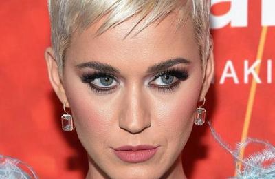 Las emotivas palabras de Katy Perry tras la muerte de una de sus mejores amigas