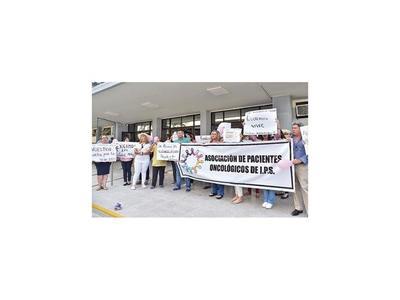 IPS: Aseguradas     promoverán amparos contra el biosimilar
