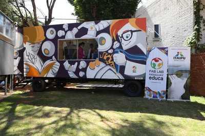 Laboratorio móvil empoderará a niños de escuelas públicas en tecnología digital
