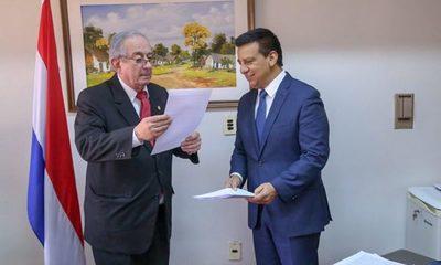 Romero Roa entrega a la Corte pedido de auditoría a jueza Delsy Cardozo