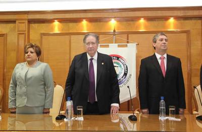 Frente Guasu denuncia penalmente a ministros del TSJE