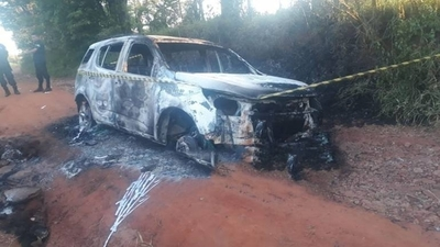 HOY / Atentado contra sobrino de Pavâo: hallan camioneta incinerada
