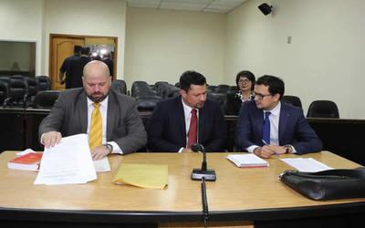 Abogado reitera que no hay evidencias claras contra diputado Quintana