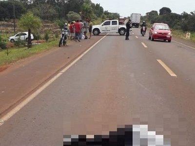 Motociclista falleció tras chocar a un peatón
