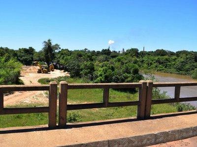 En Cnel. Martínez se disputan por la extracción de arena del Tebicuarymí
