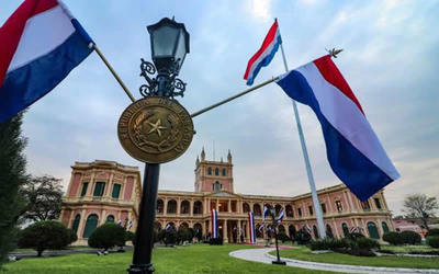 Paraguay se une a países que desean reglas protección para migrantes