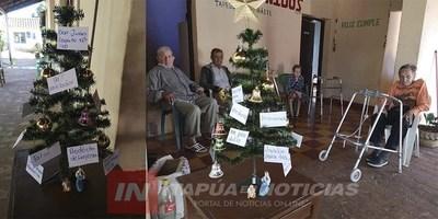 GRAL. DELGADO: EL ÁRBOL DE LOS DESEOS DE NAVIDAD QUE DESAFÍA A TODO EL PUEBLO