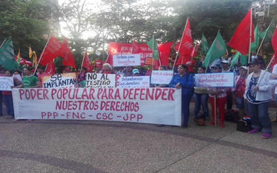 Campesinos marcharon por los Derechos Humanos