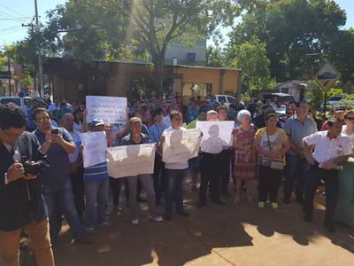 Anuncian cierre de ruta para exigir construcción de hospital