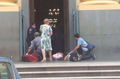 Atacante mata a cuatro personas en un tiroteo en una catedral de Brasil