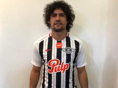 Blas Cáceres defenderá la camiseta de Libertad