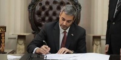 EJECUTIVO DECLARA ASUETO PARA EL LUNES 25 Y 31 DE DICIEMBRE