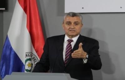 Caso Messer: Cartes debe cumplir con la obligación constitucional de cooperar con la investigación, sostiene ministro del Interior